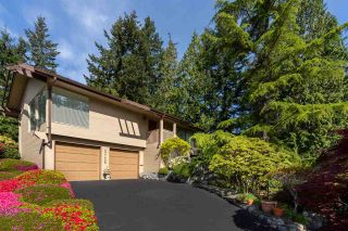 """Photo 2: 3726 SOUTHRIDGE Place in West Vancouver: Westmount WV House for sale in """"Westmount Estates"""" : MLS®# R2553724"""