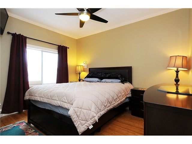 Photo 7: Photos: 4769 BRUCE ST in Vancouver: Victoria VE House for sale (Vancouver East)  : MLS®# V1000138
