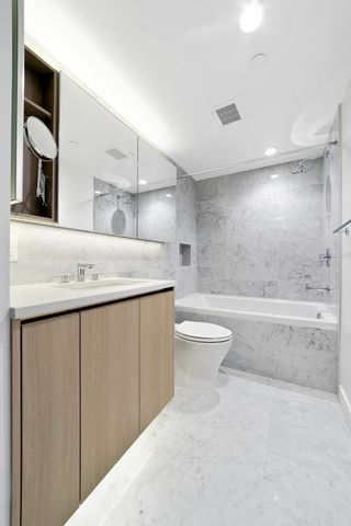 """Photo 25: 1214 1768 COOK Street in Vancouver: False Creek Condo for sale in """"Venue One"""" (Vancouver West)  : MLS®# R2625843"""
