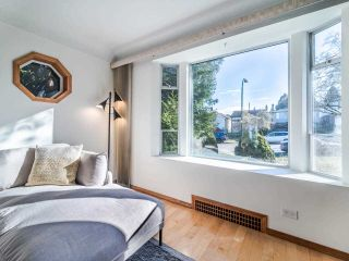 Photo 10: 3049 CHARLES Street in Vancouver: Renfrew VE House for sale (Vancouver East)  : MLS®# R2542647