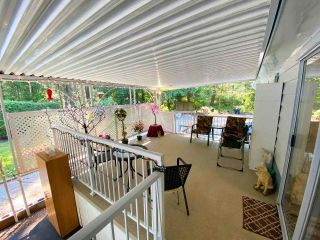 """Photo 4: 19 2306 198 Street in Langley: Brookswood Langley Manufactured Home for sale in """"CEDAR LANE SENIORS PARK"""" : MLS®# R2497884"""