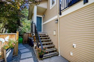 """Photo 3: 24 20120 68 Avenue in Langley: Willoughby Heights Townhouse for sale in """"The Oaks"""" : MLS®# R2599788"""