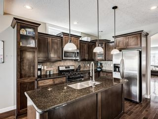 Photo 2: 2219 32 Avenue SW in Calgary: Richmond Detached for sale : MLS®# A1129175