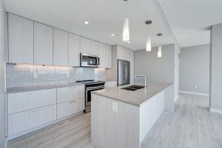 Photo 8: 3200 10180 103 Street in Edmonton: Zone 12 Condo for sale : MLS®# E4233945