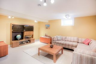 Photo 13: 700 Grierson Avenue in Winnipeg: Fort Richmond Single Family Detached for sale (1K)  : MLS®# 202103307