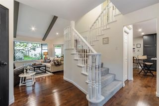 """Photo 5: 2 1872 SOUTHMERE Crescent in Surrey: Sunnyside Park Surrey Townhouse for sale in """"South Pointe on the Park"""" (South Surrey White Rock)  : MLS®# R2584031"""