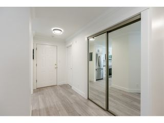 """Photo 2: 102 15440 VINE Avenue: White Rock Condo for sale in """"The Courtyards"""" (South Surrey White Rock)  : MLS®# R2520396"""