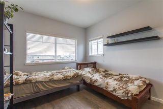 Photo 13: 302 22363 SELKIRK AVENUE in Maple Ridge: West Central Condo for sale : MLS®# R2413478