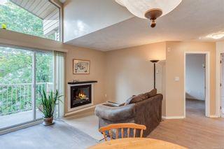 Photo 7: 402 1055 Hillside Ave in : Vi Hillside Condo for sale (Victoria)  : MLS®# 858795