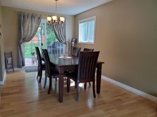 """Photo 4: 1041 STIRLING Drive in Prince George: Highland Park House for sale in """"Highland Park"""" (PG City West (Zone 71))  : MLS®# R2589590"""