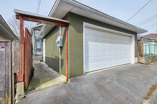 Photo 9: 2366 NANAIMO Street in Vancouver: Renfrew VE House for sale (Vancouver East)  : MLS®# R2507841