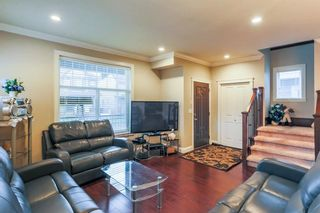 Photo 2: 5959 128A STREET in Surrey: Panorama Ridge House for sale : MLS®# R2212921
