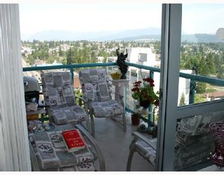 """Photo 8: 1303 612 6TH Street in New_Westminster: Uptown NW Condo for sale in """"THE WOODWARD"""" (New Westminster)  : MLS®# V659240"""