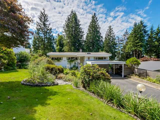 """Main Photo: 819 PROSPECT Avenue in North Vancouver: Canyon Heights NV House for sale in """"Canyon Heights"""" : MLS®# V1132527"""