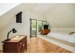 """Photo 14: 284 E 18TH Avenue in Vancouver: Main House for sale in """"Main Street"""" (Vancouver East)  : MLS®# V1068280"""