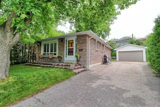 Photo 4: 1171 Augusta Crt in Oshawa: Donevan Freehold for sale : MLS®# E5313112