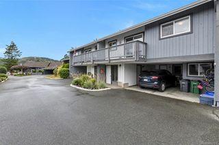Photo 1: 5 4391 Torquay Dr in Saanich: SE Gordon Head Row/Townhouse for sale (Saanich East)  : MLS®# 841927