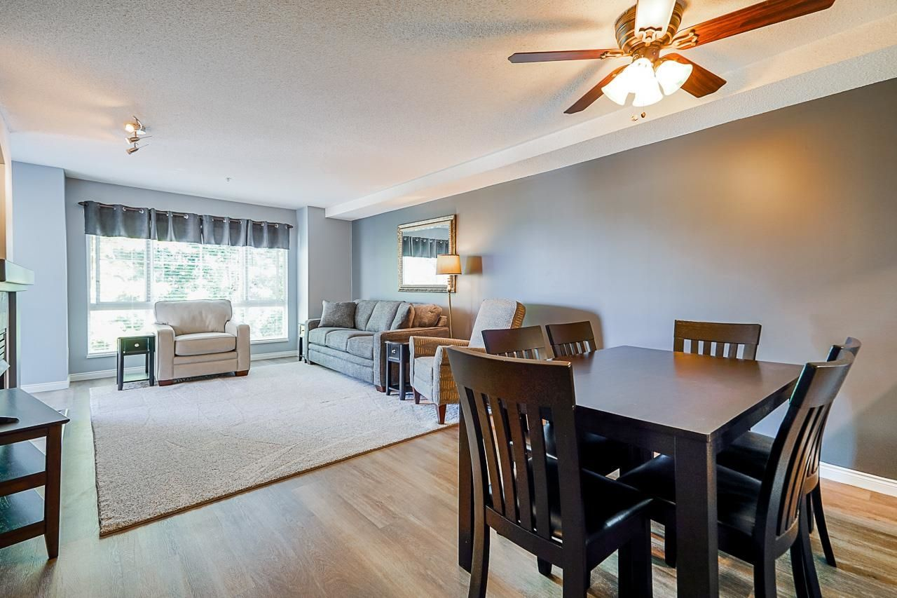 """Main Photo: 233 19528 FRASER Highway in Surrey: Cloverdale BC Condo for sale in """"Fairmont On The Boulevard"""" (Cloverdale)  : MLS®# R2615595"""