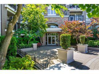 "Photo 3: 403 8915 202 Street in Langley: Walnut Grove Condo for sale in ""Hawthorne"" : MLS®# R2596727"