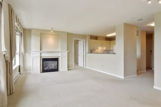 """Photo 4: 803 2799 YEW Street in Vancouver: Kitsilano Condo for sale in """"TAPESTRY AT ARBUTUS WALK"""" (Vancouver West)  : MLS®# R2618939"""