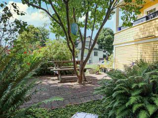 Photo 6: 803 E 24TH Avenue in Vancouver: Fraser VE House for sale (Vancouver East)  : MLS®# R2477891