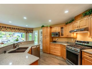 Photo 4: 35857 REGAL Parkway in Abbotsford: Abbotsford East House for sale : MLS®# R2414577