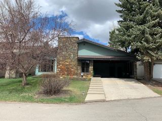 Photo 3: 32 Pump Hill Mews SW in Calgary: Pump Hill Detached for sale : MLS®# A1137956