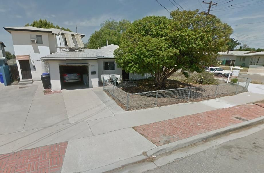 Main Photo: CLAIREMONT House for sale : 6 bedrooms : 3646 Pocahontas in San Diego
