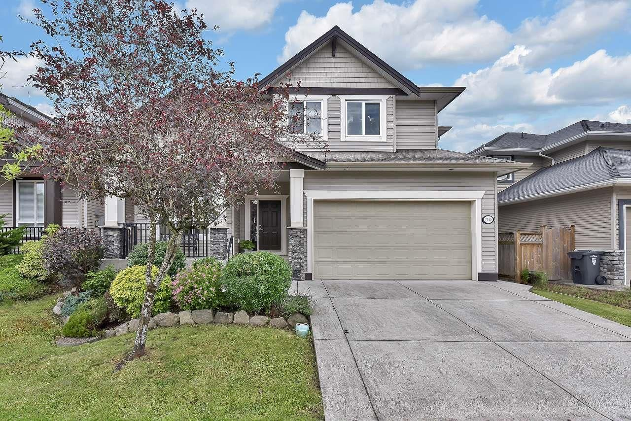 Main Photo: 7315 197 Street in Langley: Willoughby Heights House for sale : MLS®# R2593935