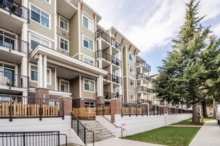 """Photo 3: 406 20696 EASTLEIGH Crescent in Langley: Langley City Condo for sale in """"The Georgia"""" : MLS®# R2621098"""
