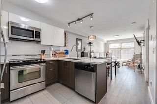"""Photo 5: 303 2408 E BROADWAY in Vancouver: Renfrew VE Condo for sale in """"BROADWAY CROSSING"""" (Vancouver East)  : MLS®# R2463724"""