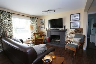 Photo 2: 24819 121 Avenue in Maple Ridge: Websters Corners House for sale : MLS®# R2000375