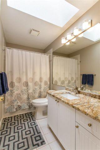 "Photo 13: 49 20881 87 Avenue in Langley: Walnut Grove Townhouse for sale in ""Kew Gardens"" : MLS®# R2451295"