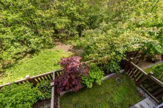 """Photo 15: 54 3039 156 Street in Surrey: Grandview Surrey Townhouse for sale in """"Niche"""" (South Surrey White Rock)  : MLS®# R2379107"""