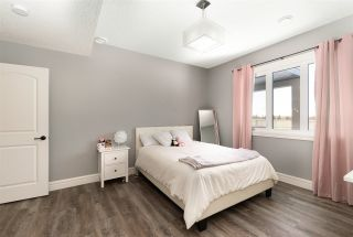 Photo 38: 944 166 Avenue in Edmonton: Zone 51 House for sale : MLS®# E4226100