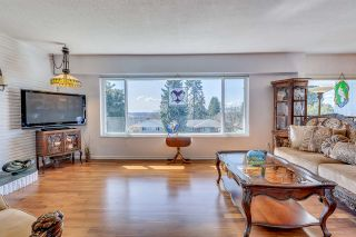 Photo 2: 4243 BOXER Street in Burnaby: South Slope House for sale (Burnaby South)  : MLS®# R2217950