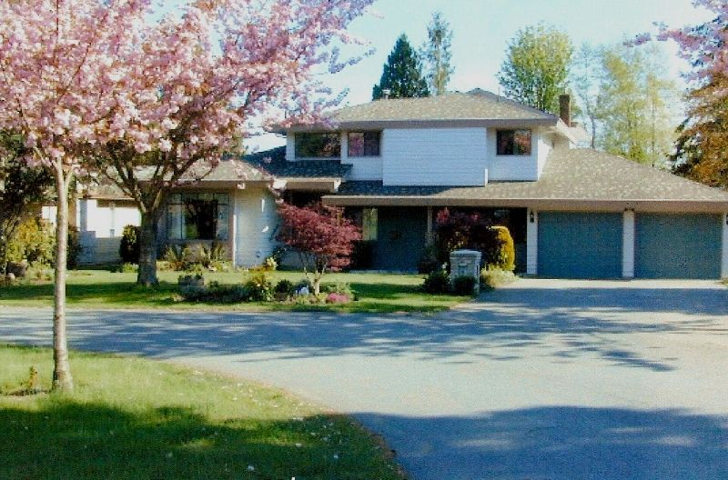 """Main Photo: 1632 133A ST in White Rock: Crescent Bch Ocean Pk. House for sale in """"AMBLE GREENE"""" (South Surrey White Rock)  : MLS®# F2616692"""