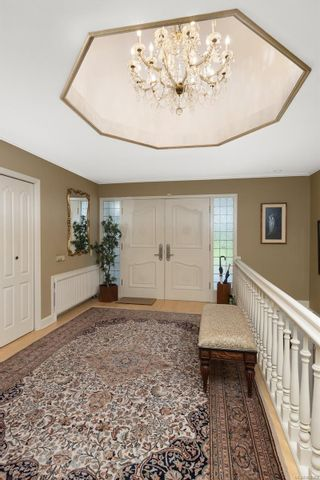 Photo 17: 3565 Beach Dr in Oak Bay: OB Uplands House for sale : MLS®# 865583