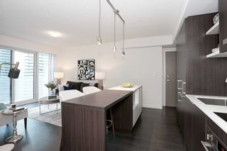 Photo 12: 1401 100 Harbour Street in Toronto: Waterfront Communities C1 Condo for lease (Toronto C01)  : MLS®# C4977762