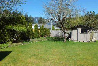 Photo 7: 21013 GREENWOOD Drive in Hope: Hope Kawkawa Lake House for sale : MLS®# R2569755