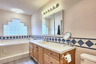 Photo 21: 64 Arbour Glen Close NW in Calgary: Arbour Lake Detached for sale : MLS®# A1117884