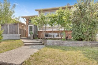 Main Photo: 20 Berkshire Close NW in Calgary: Beddington Heights Detached for sale : MLS®# A1133317