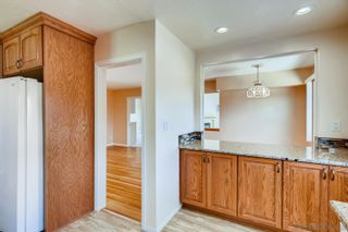Photo 9: DEL CERRO House for sale : 3 bedrooms : 4997 TWAIN AVE in SAN DIEGO