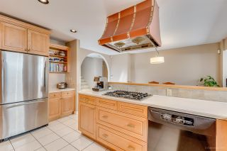 """Photo 9: 8217 WOODLAKE Court in Burnaby: Government Road House for sale in """"GOVERNMENT ROAD AREA"""" (Burnaby North)  : MLS®# R2159294"""