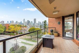 """Photo 14: 311 1450 PENNYFARTHING Drive in Vancouver: False Creek Condo for sale in """"Harbour Cove/False Creek"""" (Vancouver West)  : MLS®# R2618679"""