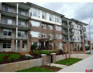 """Photo 1: 310 46150 BOLE Avenue in Chilliwack: Chilliwack N Yale-Well Condo for sale in """"NEWMARK"""" : MLS®# R2199901"""