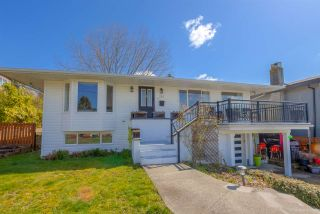 Photo 4: 250 N SPRINGER Avenue in Burnaby: Capitol Hill BN House for sale (Burnaby North)  : MLS®# R2558310