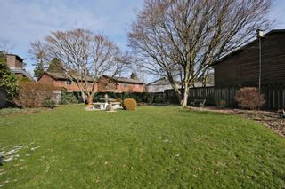Photo 17: 2360 CRESCENT Way in Abbotsford: Central Abbotsford House for sale : MLS®# R2242278