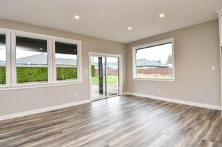 Photo 8: 739 Bushbuck Dr in : CR Campbell River Central House for sale (Campbell River)  : MLS®# 856148