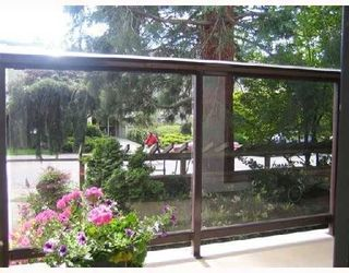 """Photo 1: 205 1775 W 10TH Avenue in Vancouver: Fairview VW Condo for sale in """"STANFORD COURT"""" (Vancouver West)  : MLS®# V741996"""